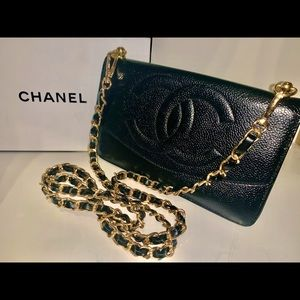 CHANEL Lambskin Leather wallet on Chain WOC